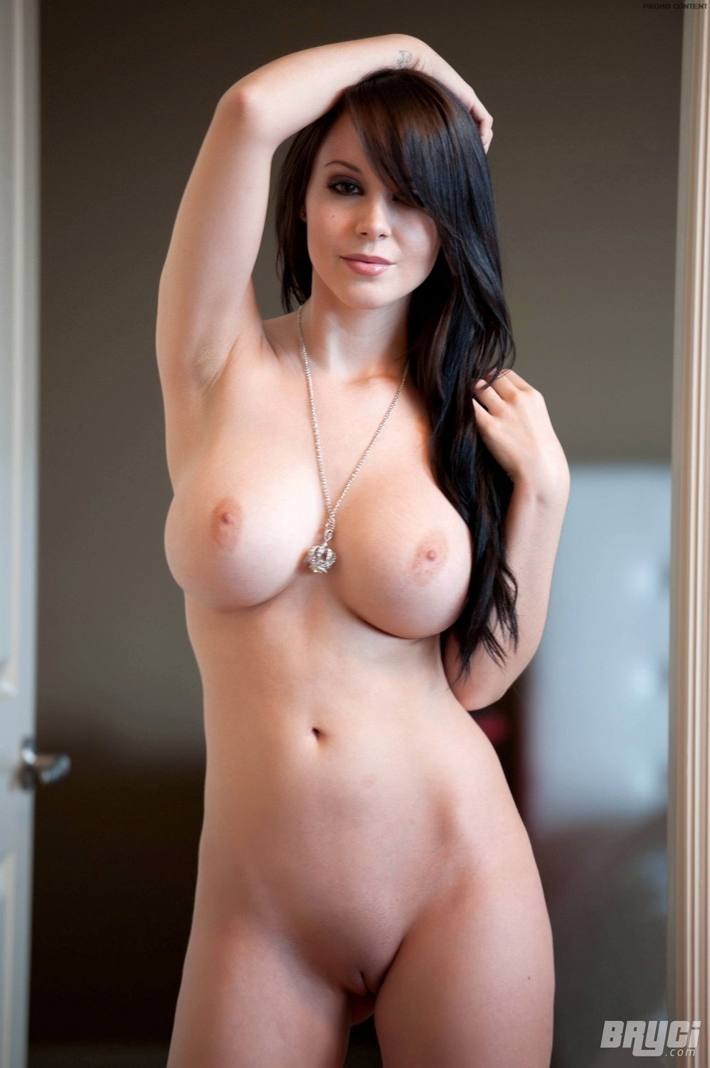Sexy y shape naked lady pictures -