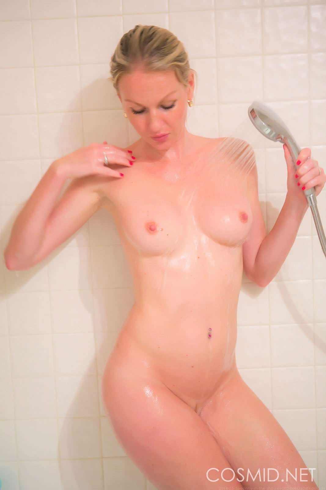 Sonny Naked Shower Fine Hotties Hot Naked Girls Celebrities And Hd Porn Videos