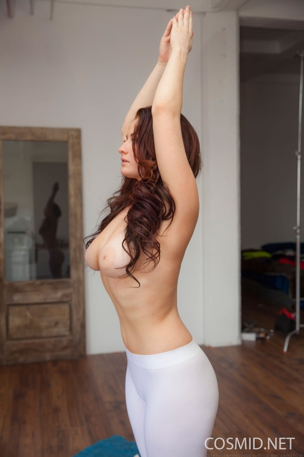 Emmy Sinclair Tight Sheer Yoga - Fine Hotties - Hot Naked ...